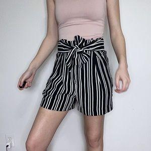 H&M Belt Tie Striped Shorts